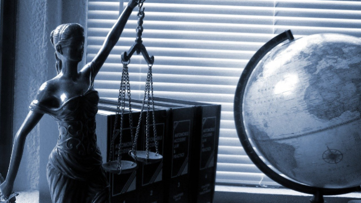 Top 5 Reasons to Seek Help From Tax Attorneys